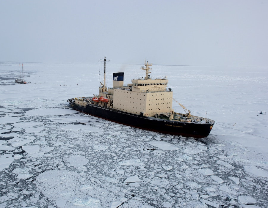 Clean Arctic Alliance: Will London shipping summit act to protect Arctic from spills and emissions?
