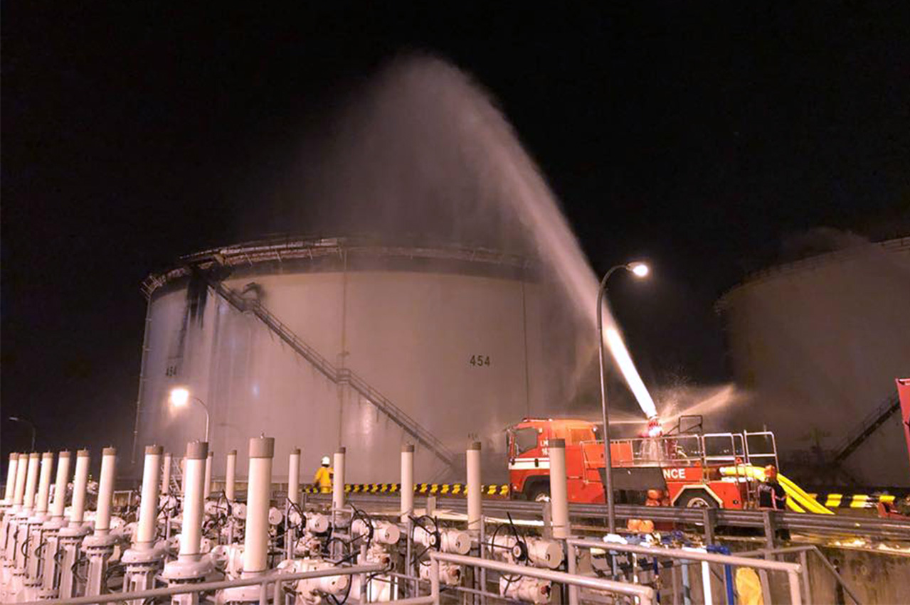UPDATE: Tankstore oil storage fire extinguished