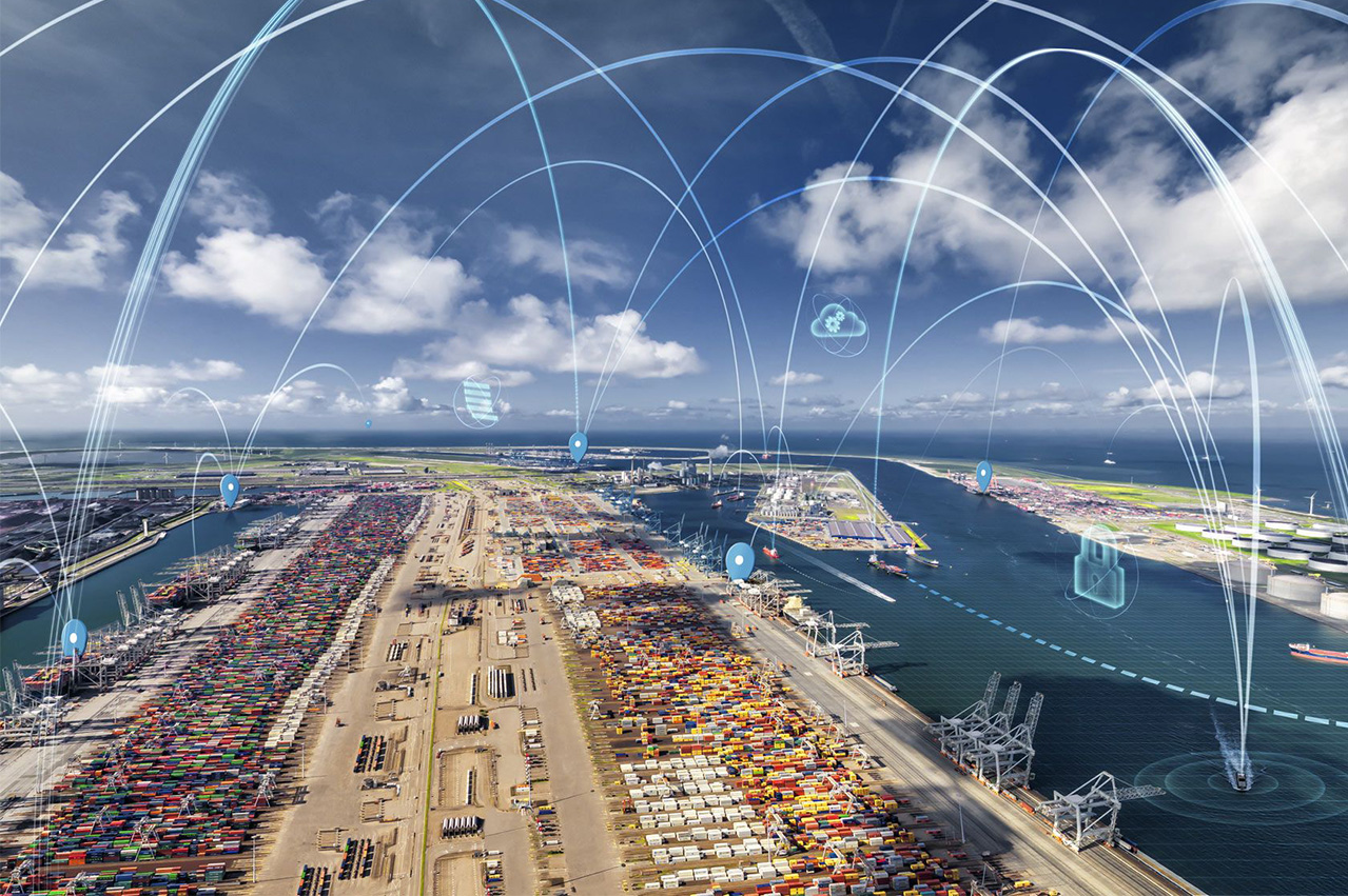 Rotterdam port's new application reduces bunker waiting times