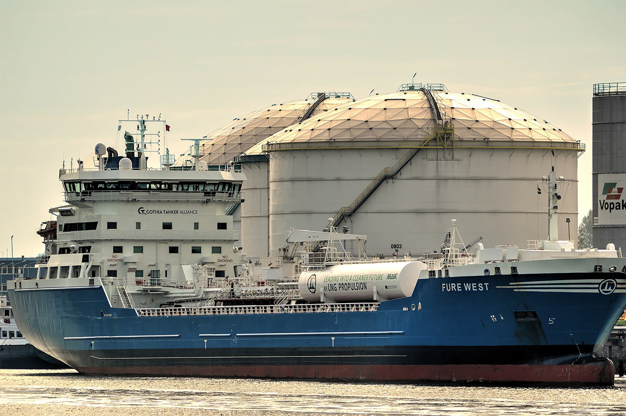 Deloitte: Infrastructure biggest hurdle for LNG bunkering in Asia