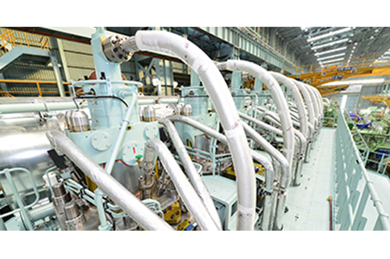 LNG-fuelled box newbuild at Keppel AmFELS completes milestone