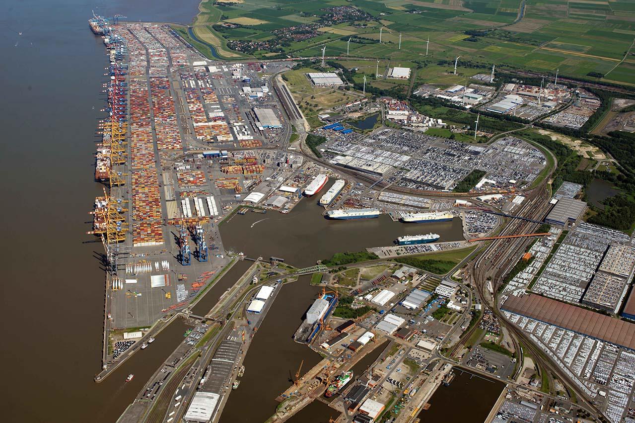 VARO Energy commences VLSFO bunker deliveries at Bremerhaven
