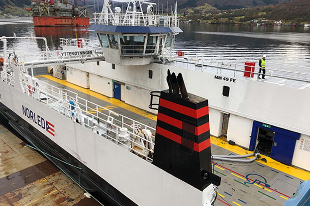 "Fire on hybrid ferry ""Ytteroyningen"" a 'one-off event', says Corvus"