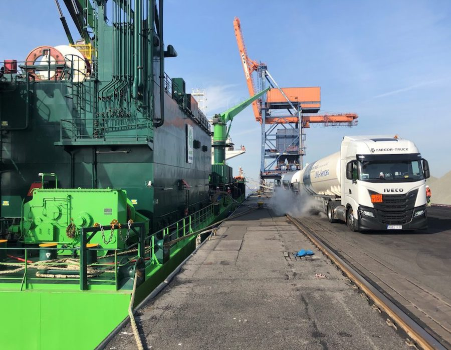 LIQUIND Marine performs its first LNG bunkering operation at Brunsbüttel, Germany