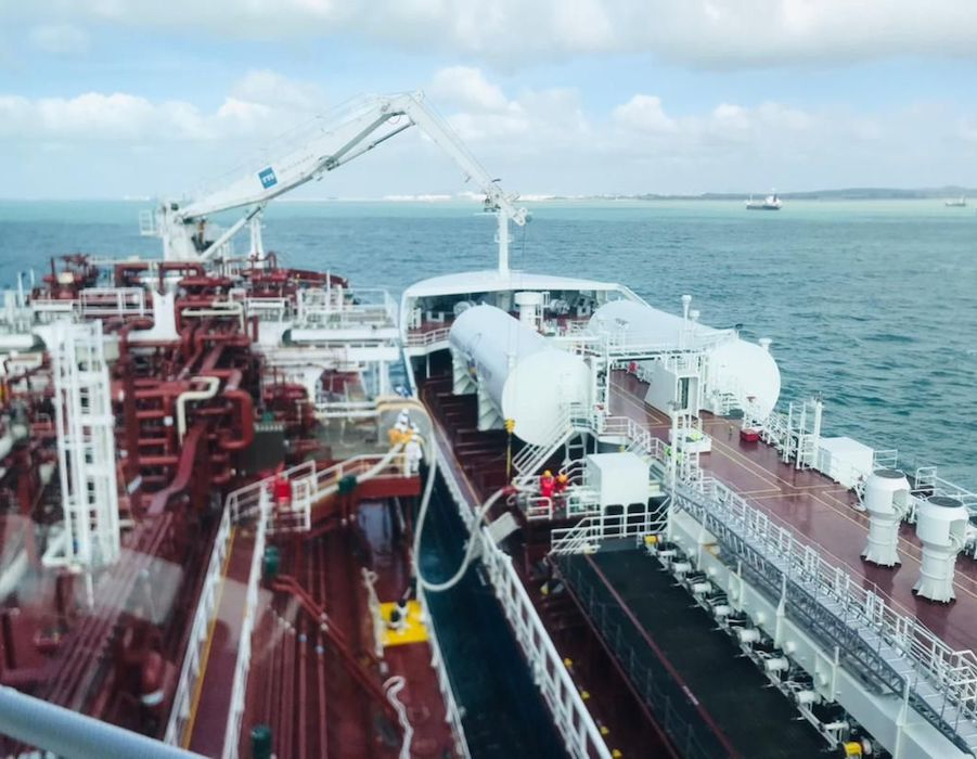 Titan LNG partners Petronas Marine to deliver LNG bunkers to tanker 'Fure Vinga'