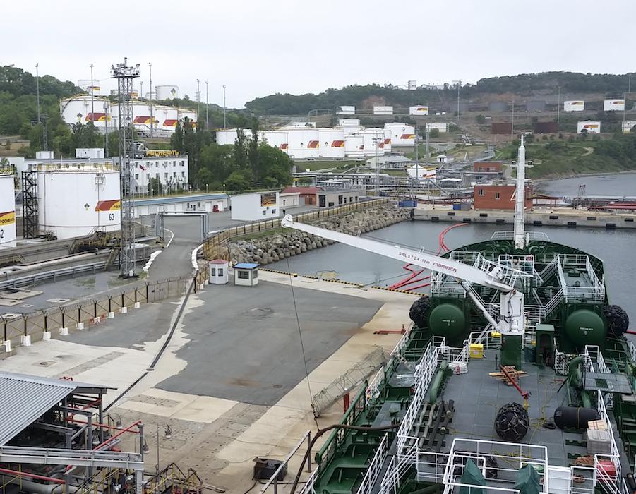 Rosneft doubles volume of low sulphur bunker fuel sales in 2020