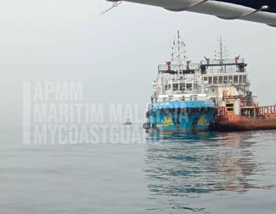 Malaysia: Offshore supply vessels in illegal STS oil transfer at Kemaman; arrested