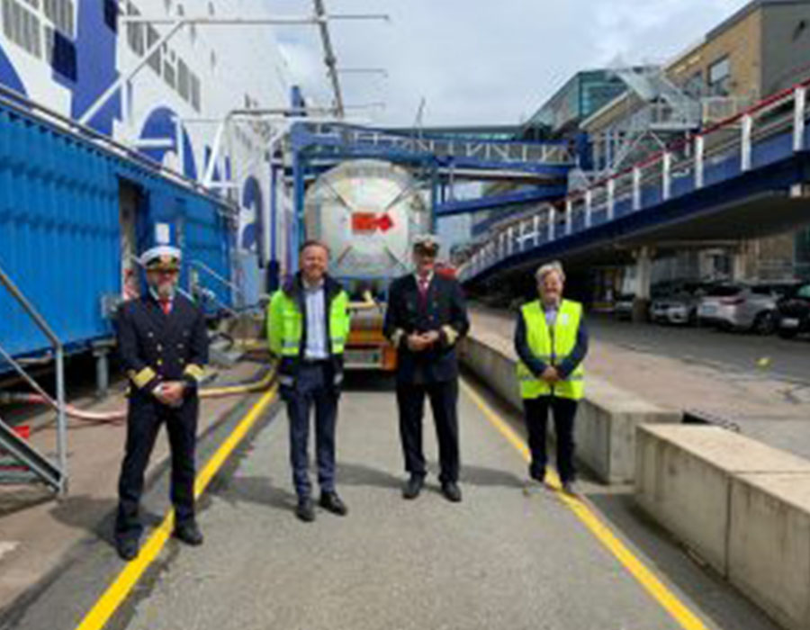 """""""Stena Germanica"""" refuels with recycled methanol bunker fuel from residual steel gases"""