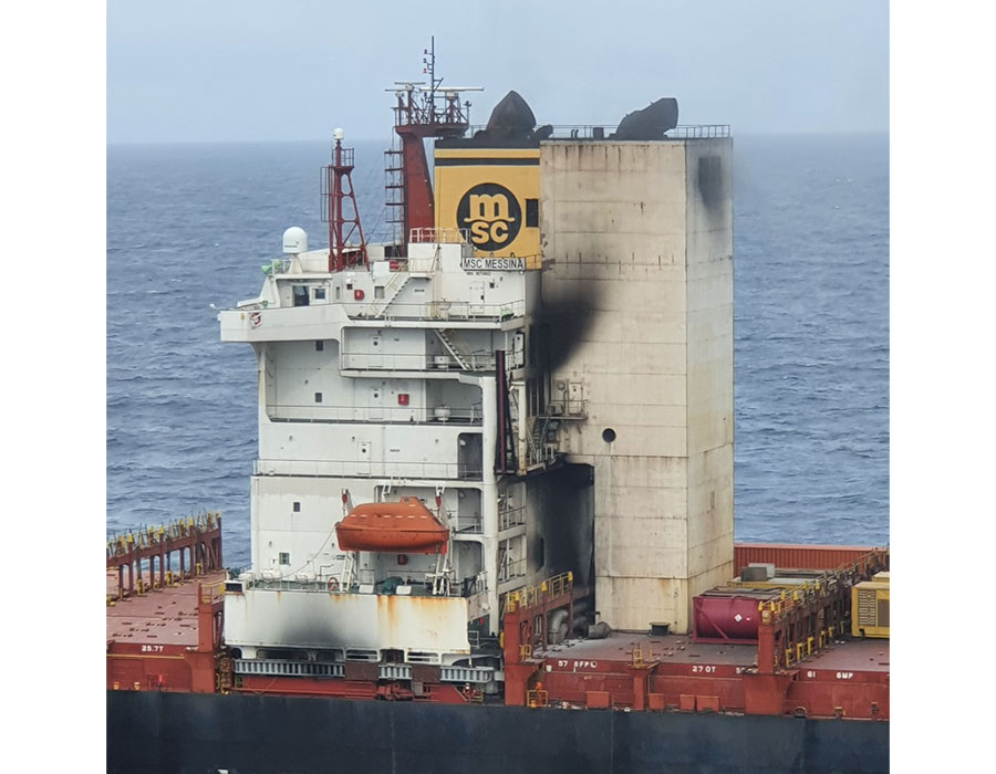 """Stricken """"MSC Messina"""" arrives at Singapore port for repairs after engine room fire"""