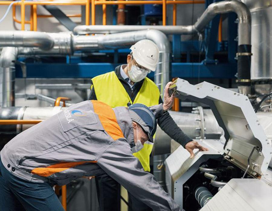 Wärtsilä conducts full-scale marine engine tests using hydrogen and ammonia as bunker fuel
