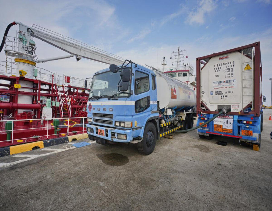 Singapore: Alpha Biofuels uses waste cooking oil for bunkering marine vessels
