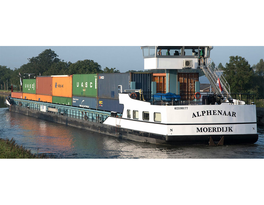 """Alphenaar"" starts emission-free inland shipping operations for HEINEKEN"
